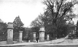 Park Street gate on Boston Common, late 19th century